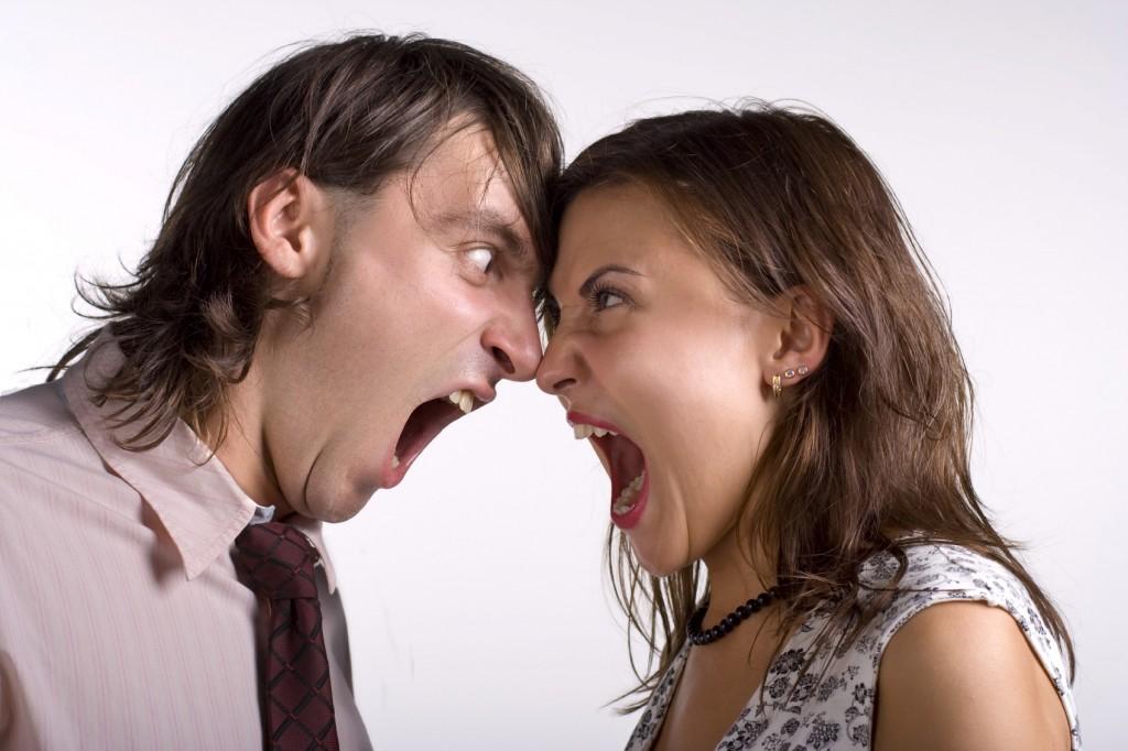 ربما تكون الزوجة نفسها لا تفهم حقيقة متطلبات الزوج الجنسية ولا تهتم بالتعرف عليها فتخلق حالة من التجهم