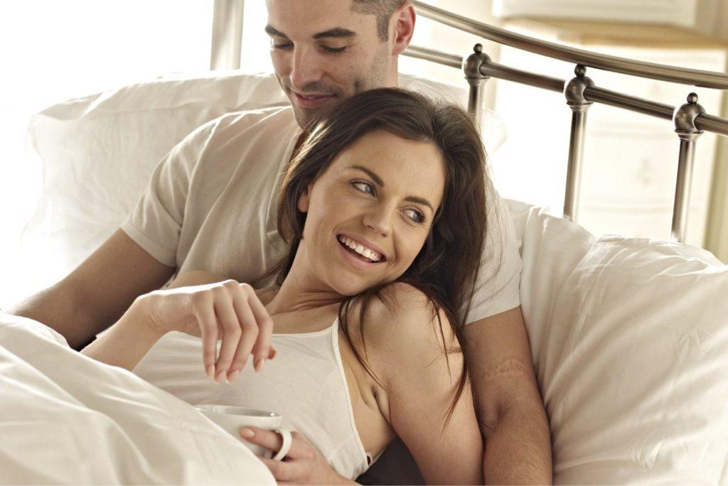 واحد من أهم الأسباب التي تظهر القضيب الإرجواني وهو أن يكون نتيجة للعدوى المنقولة هن الاتصال الجنسي
