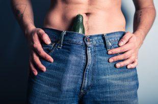 يمكن أن يكون حجم القضيب موضوعًا حساسًا للعديد من الرجال. على الرغم من أن الحبوب والحقن وأجهزة الجر والجراحة يتم تسويقها بانتظام للرجال الذين يبحثون عن قضبان أكبر ، إلا أن بعضها أكثر فعالية من البعض الآخر. علاوة على ذلك ، فإن خطر اجراء عملية علاج تكبير الذكر ، وخاصة الجراحة ، يمكن أن يفوق بشكل كبير أي فوائد مفترضة.